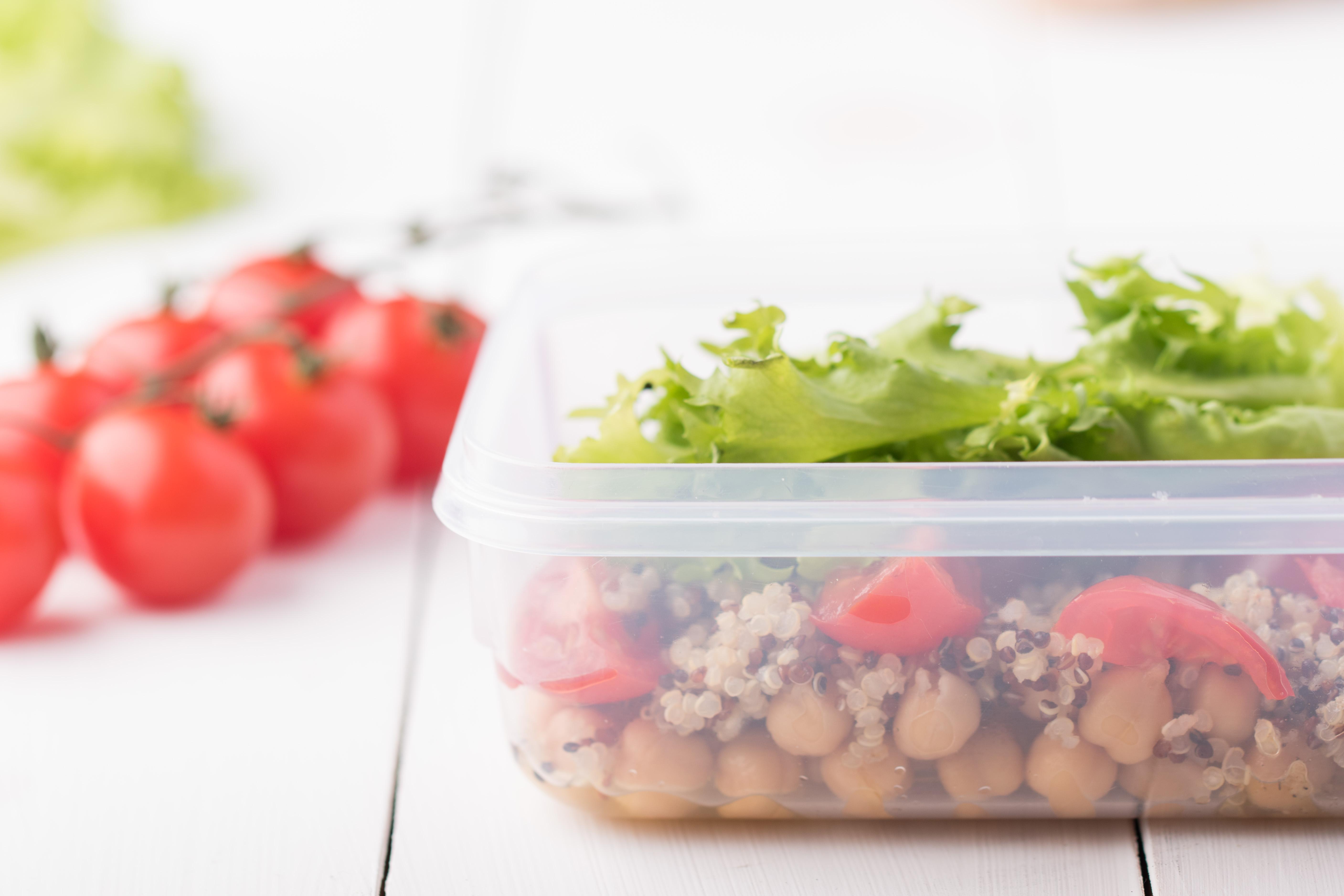 Kvinojas-turku zirņu salāti